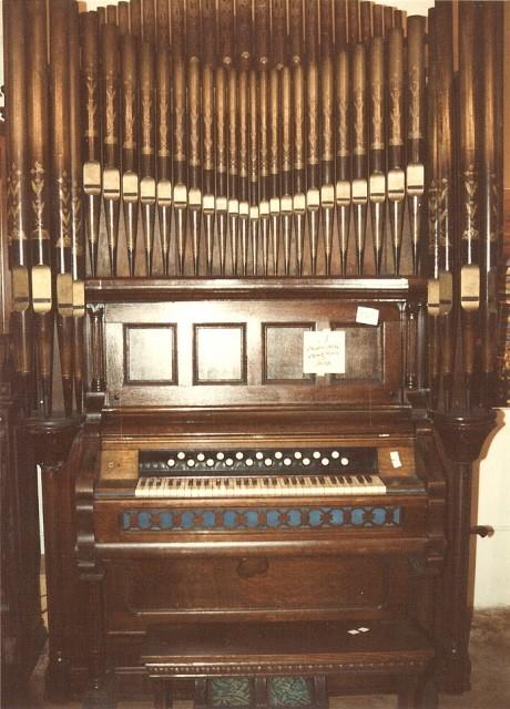 Lyon & Healy Organ Company - Pump Organ Restorations